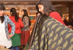 Mehreen Chaudhary, Sadaf Zarrar and Foha Raza raid the Gul Ahmed Store