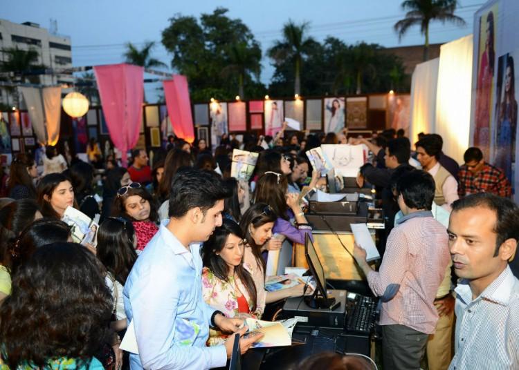 Elan-Lawn-2015-Lahore-Event-Setup-1-Vmag