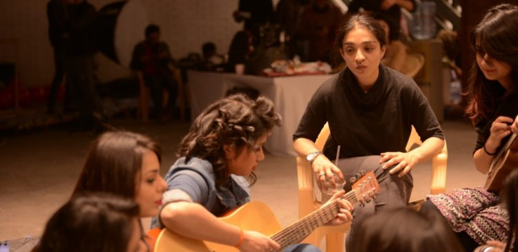 khaadi-launches-theme-song-for-its-18th-anniversary-2