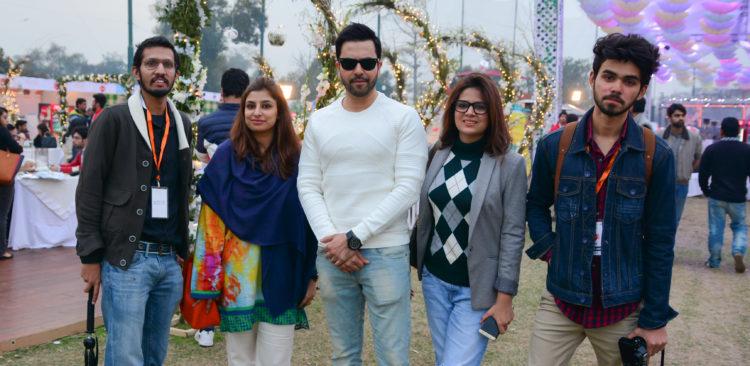 Areesh Zubair Sana Tariq Junaid Khan, Amna Niazi, Dawer Khan