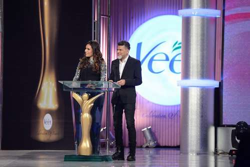 Award Presenters Asad-ul-Haq and Zoe Viccaji (2)