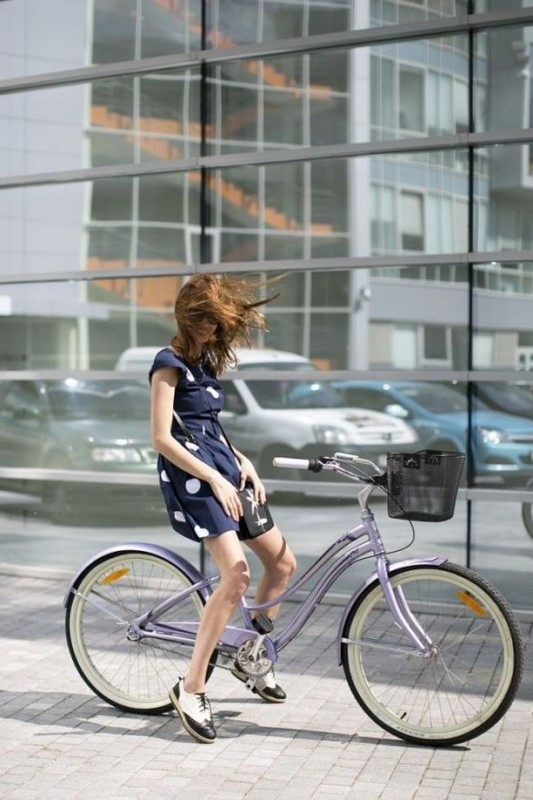 Cycle Lady Chic