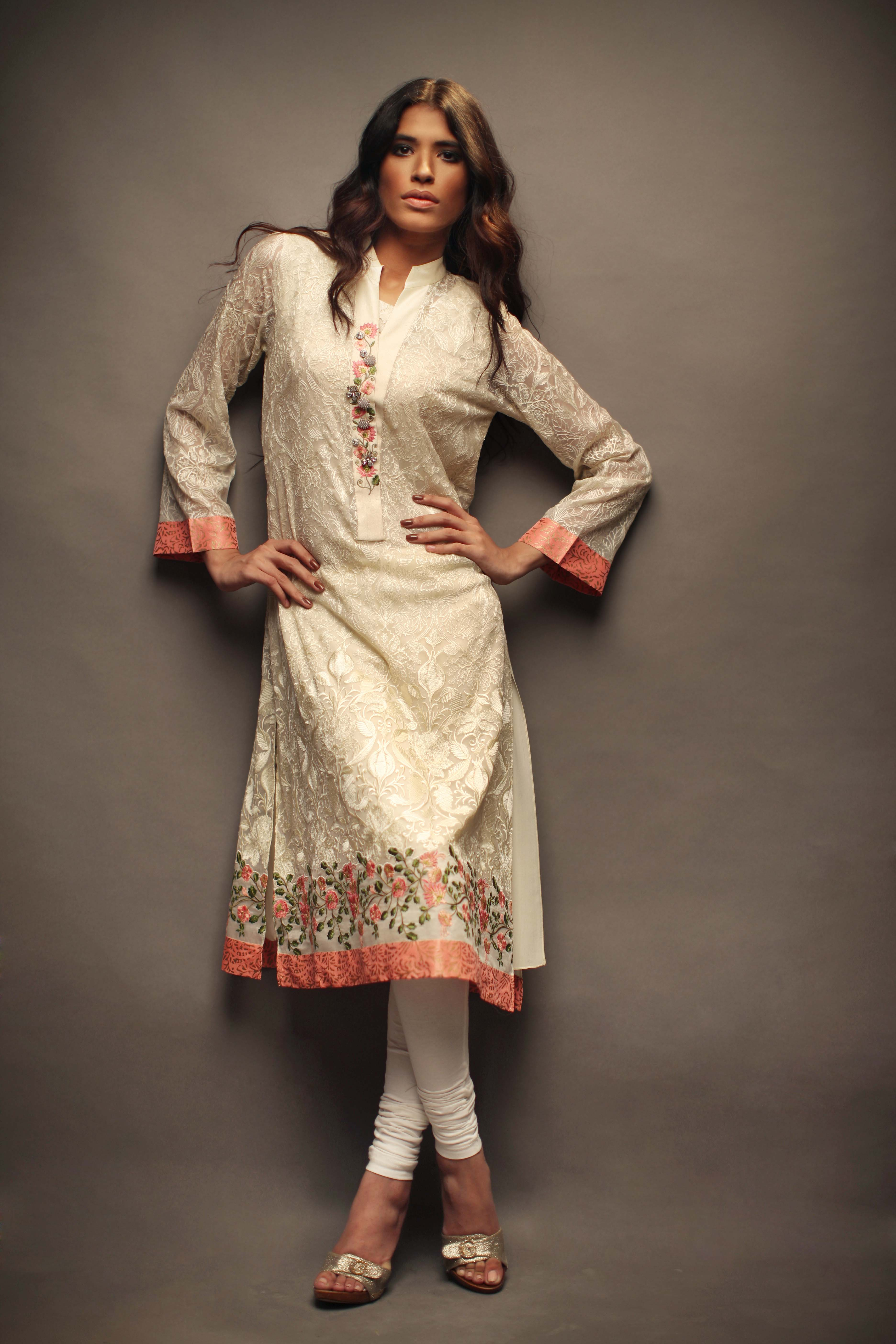 Sania Maskatiya - _Bar-e-Sagheer_ Eid Collection (3)