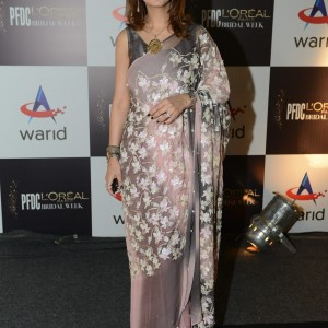 Huma Amir Shah wearing Nida Azwer (3)