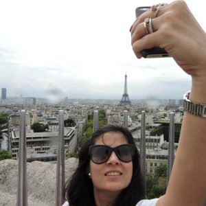 The Parisian Selfie