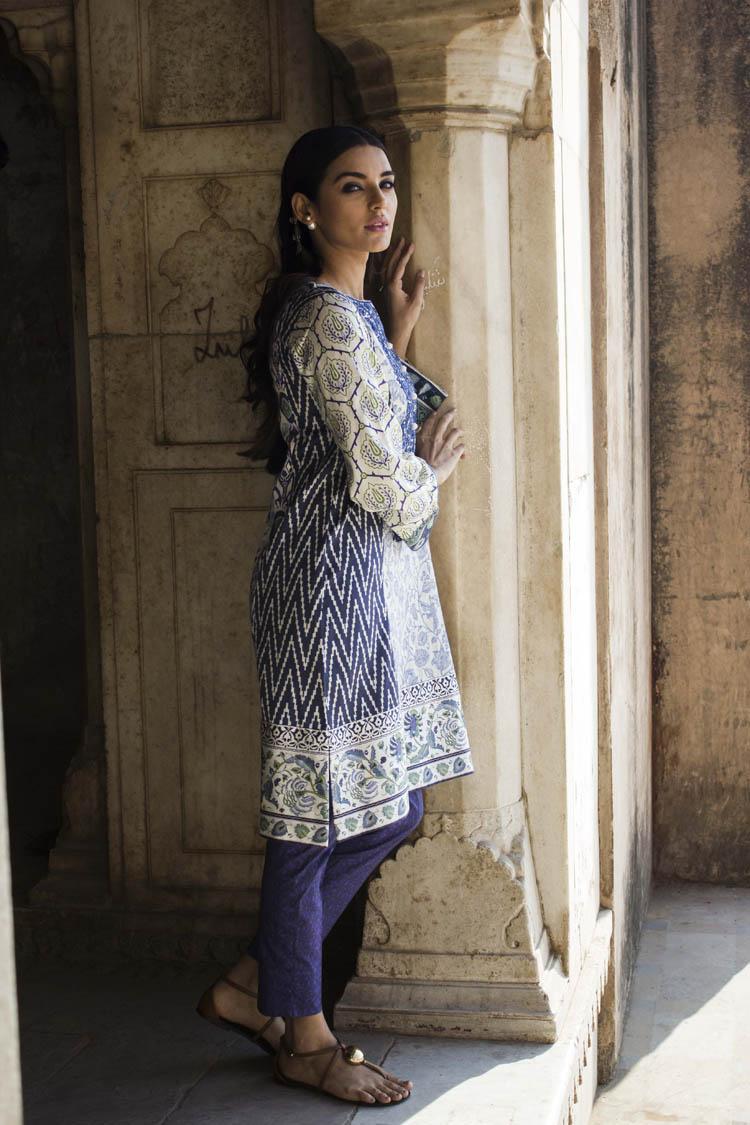 Sadia Khan for Sapphire