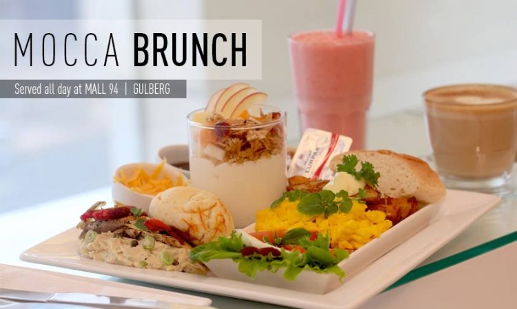Brunch at Mocca