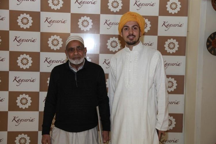 Ustaad Saif-ur-Rehman and Waleed Zamanzcx