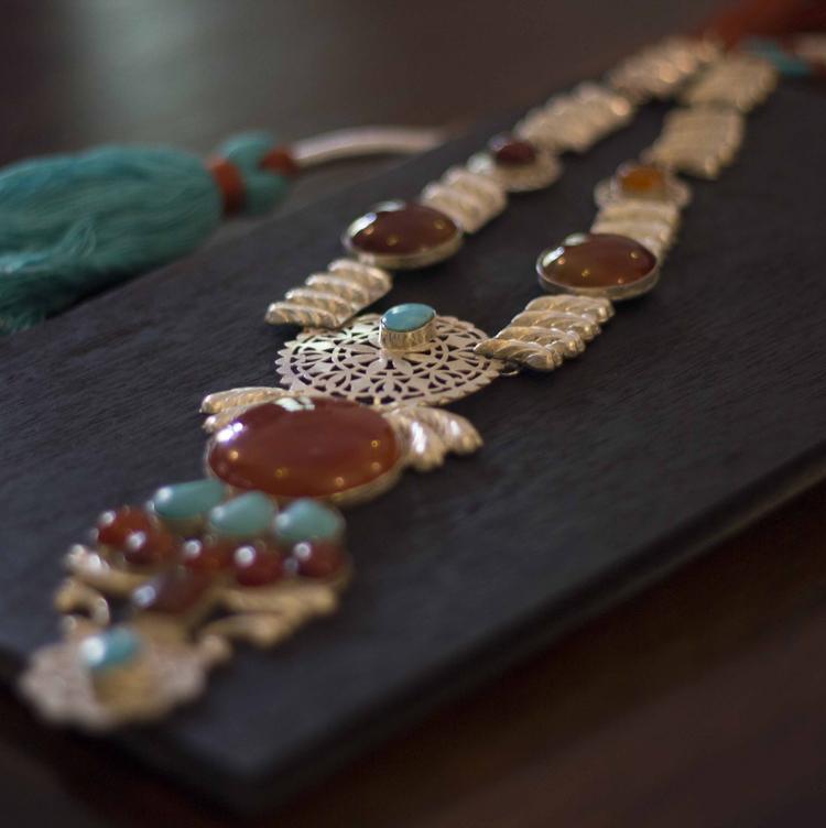 Iram Raja Minimal Jewelry