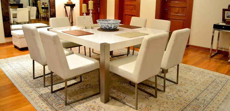 How to set a dining room