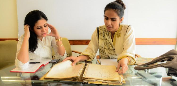 Khadija Rehman & Amna Niazi