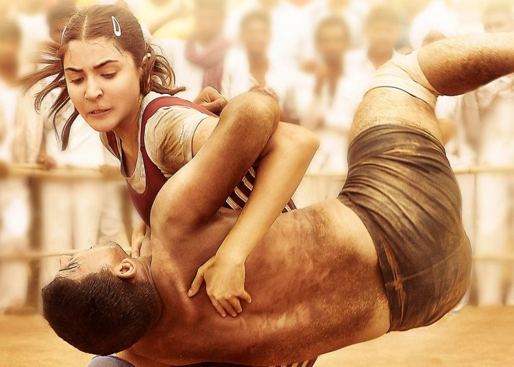sultan-official-anushka-poster
