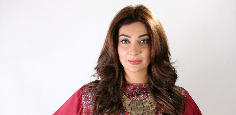 aisha khan jeena mann mayal