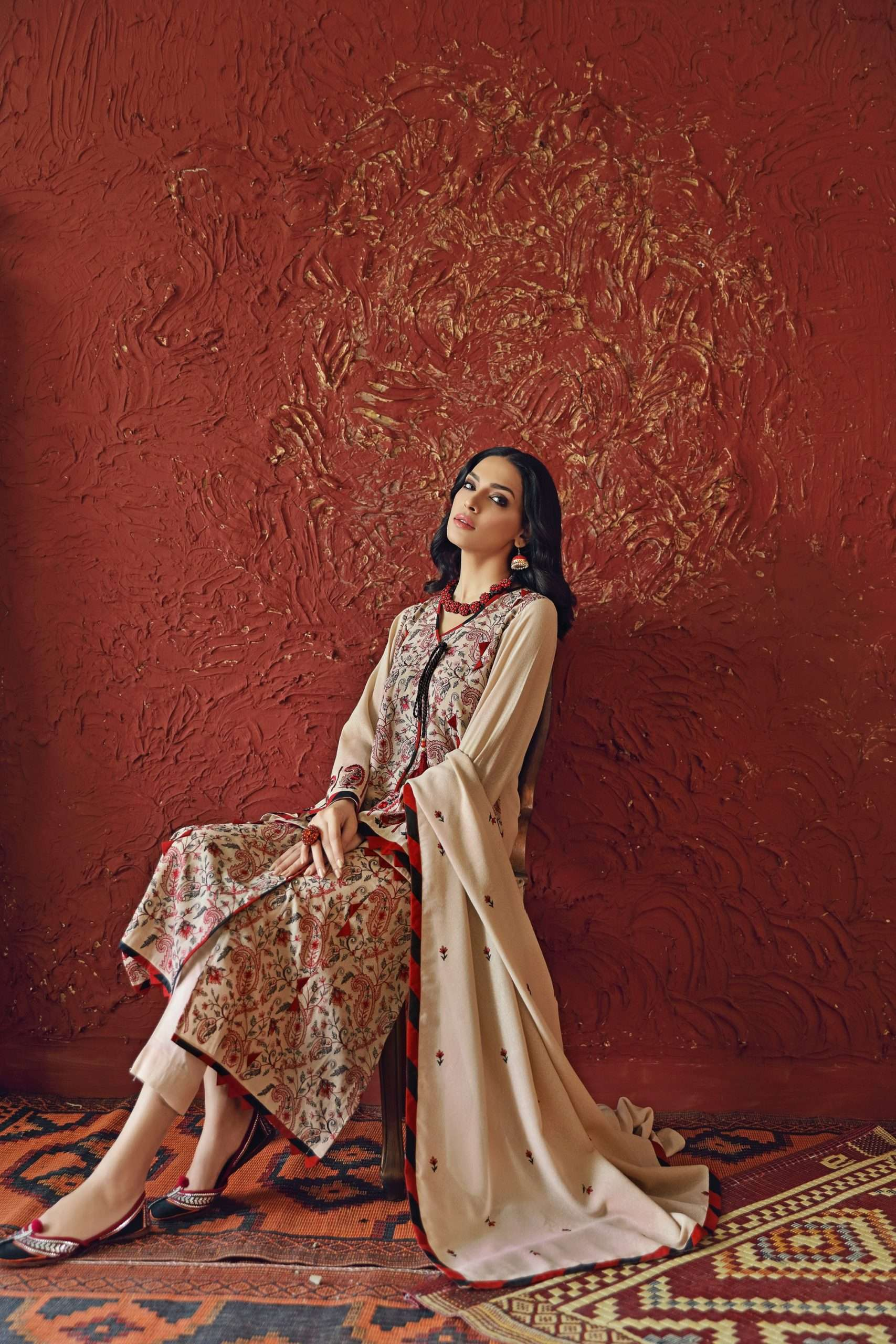 GUL AHMED WINTER COLLECTION 2020: Vintage