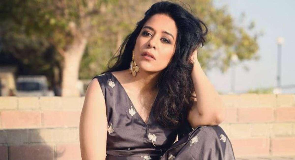 Biography of Yasra Rizvi