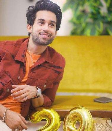 ALTERNATIVE CAREERS FOR THESE 10 PAKISTANI ACTORS 3