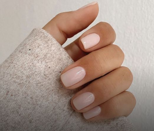 FALL NAIL COLOR TRENDS 2021 opaque nude