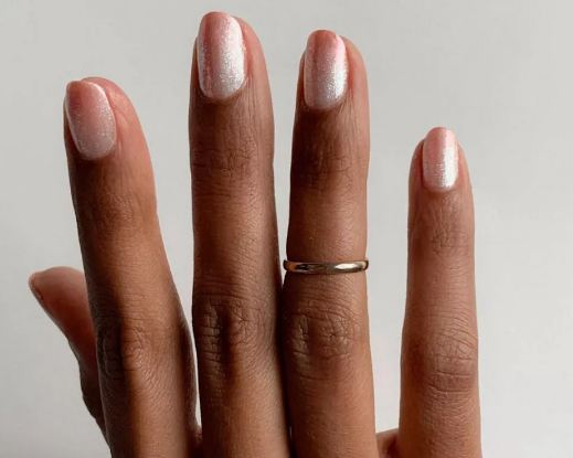 FALL NAIL COLOR TRENDS 2021 shimmery neutrals