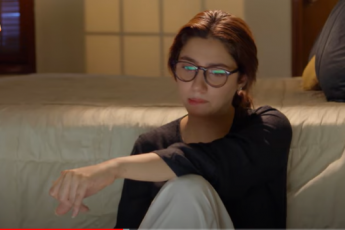 Mehreen is already fighting through the allegations of murdering Mashal when Aswad asks his mother to get her married so that she remains in secure hands. There is something that is keeping Aswad in trouble to take a deep dive into the case and know the reality of Mashal's murderer. However, the situation has turned out unexpected in episode 12 of Hum Kahan Kay Sachay Thay. Check out what happened in today's episode! Aswad Convinces His Mother to Get Mehreen Married! It seems Aswad still cares about Mehreen and in doing so, he convinced his mother to get Mehreen married to Saffan considering him a good guy who will take care of her. His mother meets Saffan and asks him to talk to his parents for Mehreen's proposal. This time, Saffan had some concerns as the situation got changed due to the murder case against Mehreen and it was sort of difficult for him to convince his parents. However, he agreed to talk, but on the condition to discuss it first with Mehreen. Mehreen Complains to Her Aunt for Talking to Saffan! When Saffan discussed whatever Mehreen's aunt talked to him, she complained and considered it wrong. Her aunt tried to make Mehreen feel comfortable with the idea of tying the knot with Saffan as he was interested in her and must be keeping good care of her throughout. Being helpless in the situation as always, Mehreen surrendered and things proceeded after Saffan made his parents agree to the proposal. Shabbo Reveals What Actually Happened That Night! While things are moving forward for Mehreen in terms of her new relationship, Aswad is not taking any breath of patience to know the reality of Mashal's murder. When he visited his grandmother's place, Mashal's parents called Shabbo to narrate the whole story about what happened that night. Shabbo is the only witness of the unclear story that resulted in Mashal's death and she told everything to Aswad as per her observation. It made Aswad suspicious again about Mehreen's role in Mashal's death and he continued 